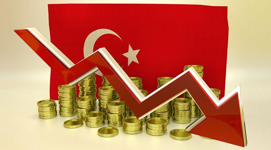 Yönetilemeyen Türkiye ekonomik büyümeden yedi